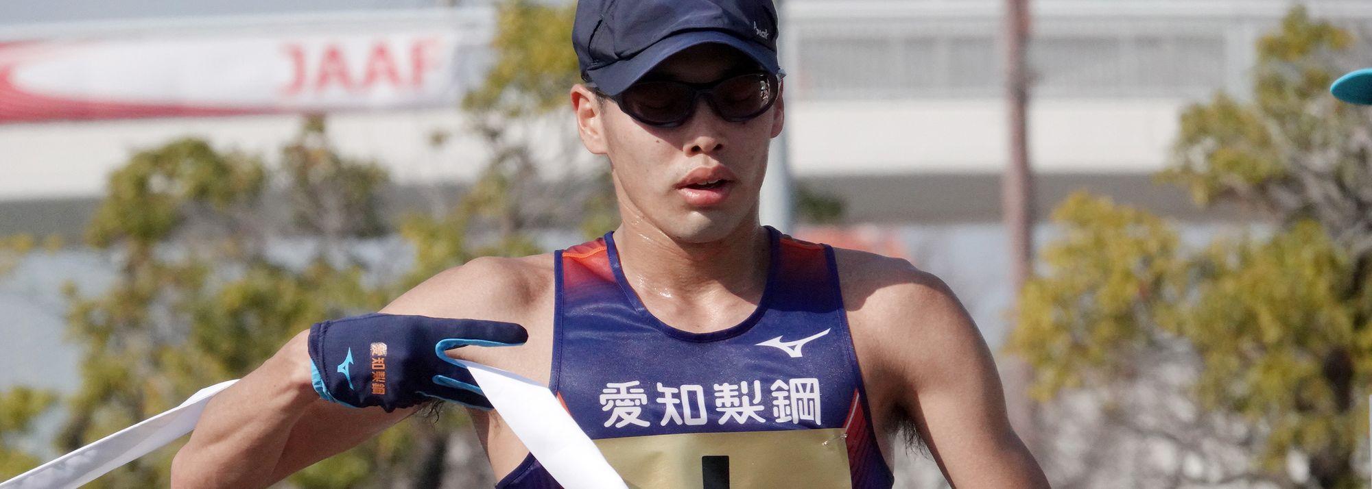 The sun shone for Toshikazu Yamanishi at the 104th Japanese Championships in Kobe.