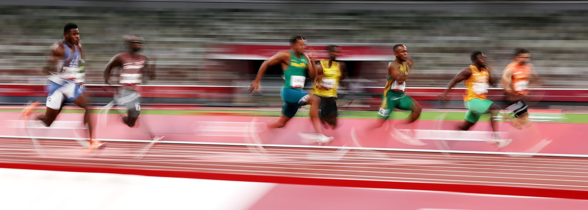 The action is hotting up in Tokyo and another four gold medals will be claimed on day three of athletics at the Olympic Games on Sunday (1).