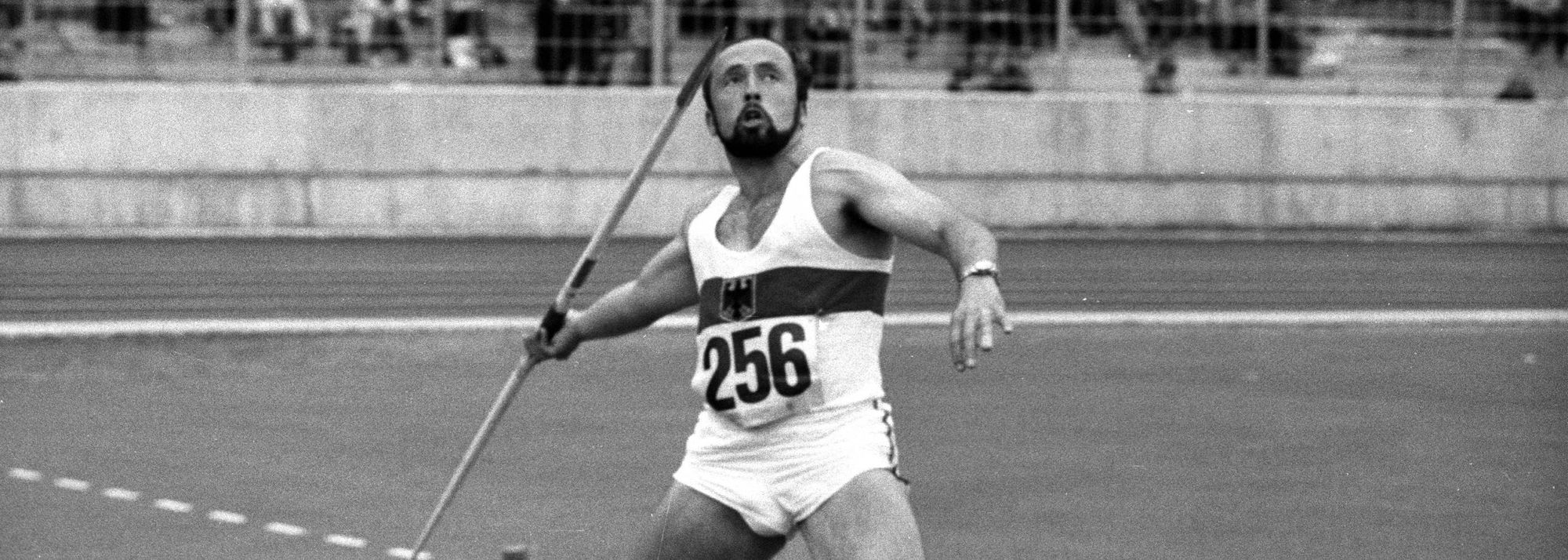 Klaus Wolfermann, the 1972 Olympic javelin champion who one year later became a world record-breaker, recently made the generous donation of his long sleeve jersey from Munich.