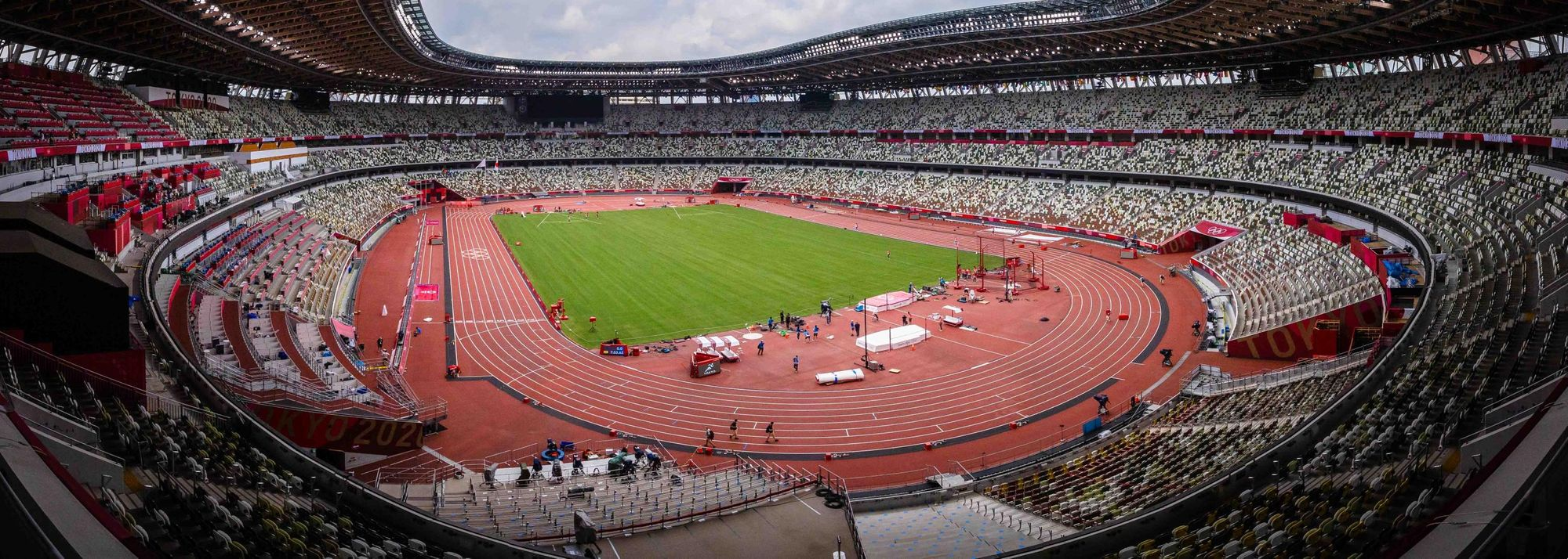 Four years, 11 months and nine days after the action in Rio came to a close, Olympic Games athletics will make its highly anticipated return at Tokyo's Olympic Stadium on Friday (30).