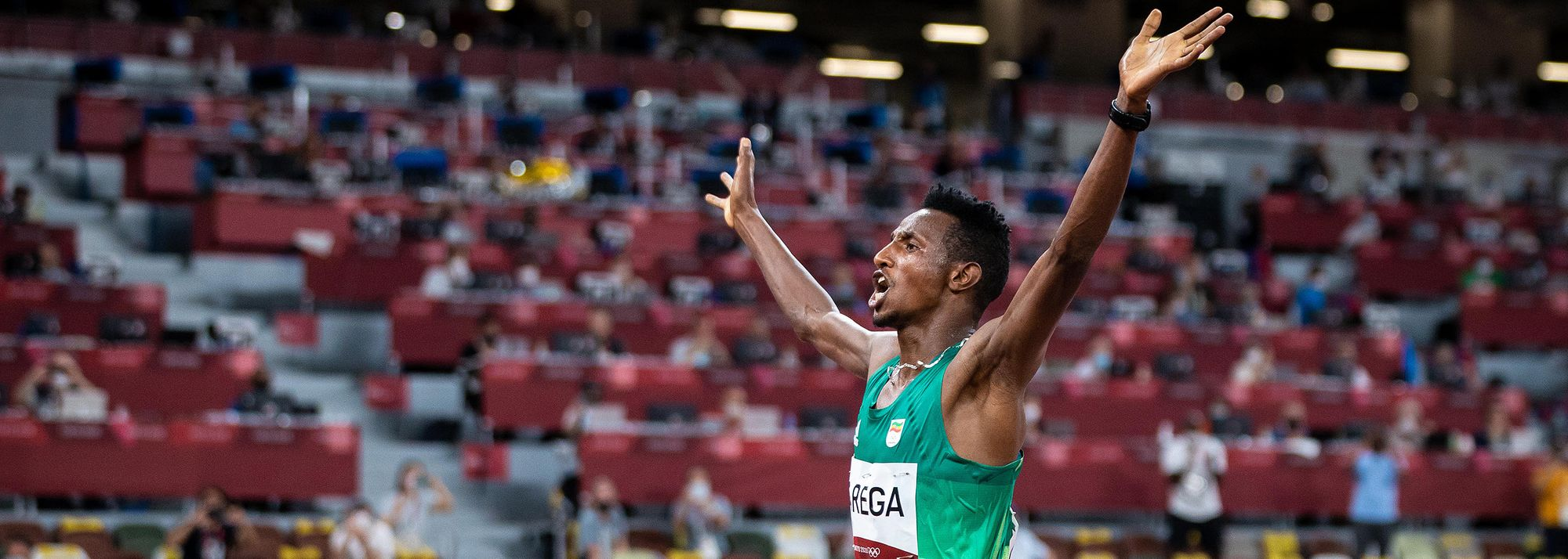 Selemon Barega gave a distance-running masterclass to win the men's 10,000m.
