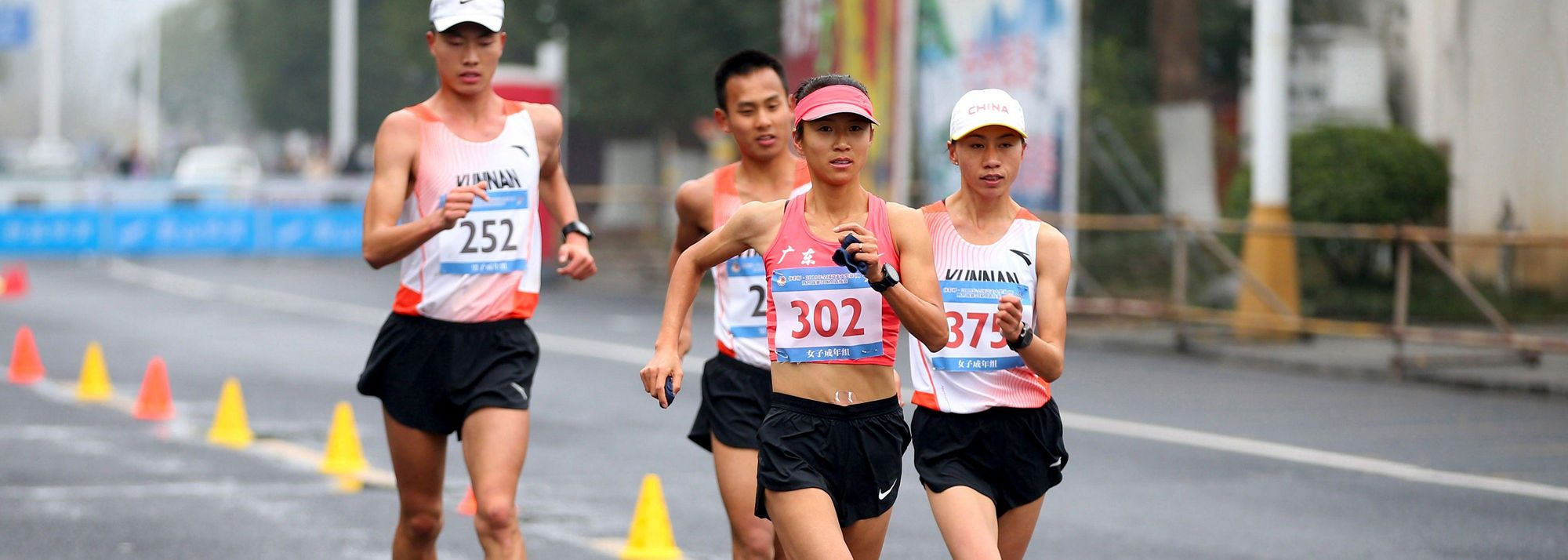 Three-time world 20km race walk champion and 50km world record-holder Liu Hong will lead a strong Chinese contingent aiming to win both the individual and team titles at the Around Taihu International Race Walking competition, the last leg of this year's IAAF Race Walking Challenge that will start on Sunday (20).