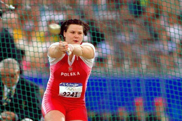 kamila-skolimoska-olympic-hammer-throw-victor