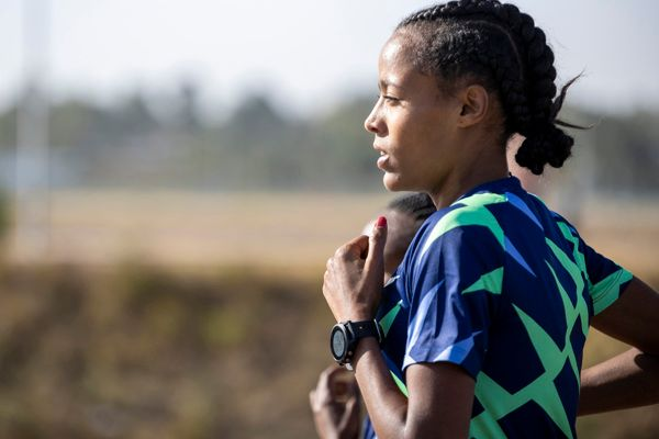 roza-dereje-ethiopia-marathon-runner-olympics