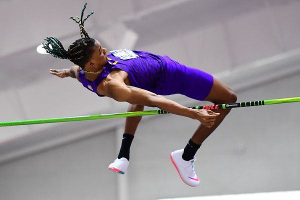 Impress your friends by breaking or inventing your own jump world records on recordsetter.com. Already A Record Breaker Harrison Looks To Leap Higher And Longer Feature World Athletics