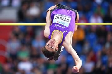 brandon-starc-australia-high-jump