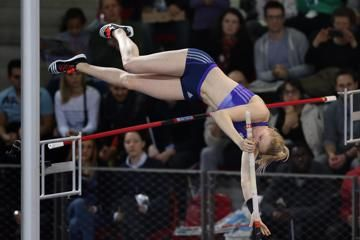 murto-pole-vault-world-junior-indoor-record