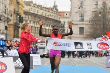 prague-half-marathon-atsedu-tsegay-joyce-chep