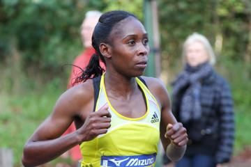 chepchirchir-shatters-course-record-at-paris