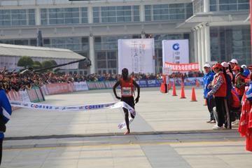 terfa-breaks-course-record-in-xiamen