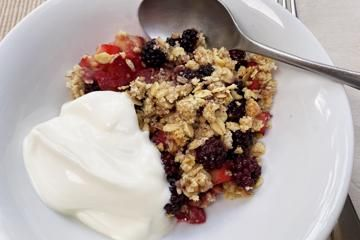 blackberry-and-apple-crumble-recipe