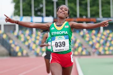 ethiopian-10000m-trial-2015-hengelo-burka-edr