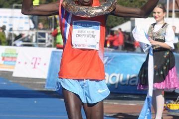 lanzhou-marathon-2014-chepkwony-jepkirui