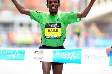 gebrselassie-returns-to-winning-ways-with-com