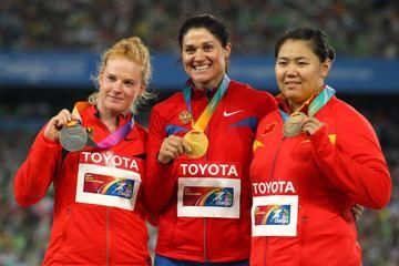 womens-hammer-throw-preview1
