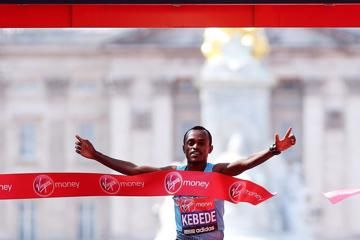 kebede-and-jeptoo-surprise-in-london