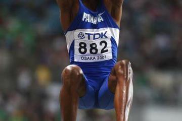 osaka-2007-mens-long-jump-saladino-this-j