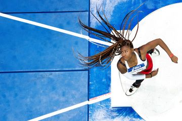 Amanda Ngandu-Ntumba competes in the shot put at the French Indoor Championships in Lievin (Philippe Millereau / KMSP)