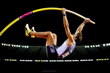 Armand Duplantis flying high in Brussels (Jasper Jacobs)