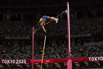 tokyo-olympic-games-men-pole-vault-report
