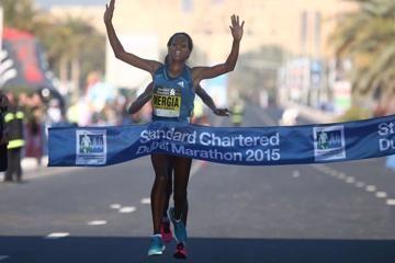 mergia-and-dibaba-join-dubai-marathon-womens