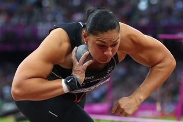 adams-to-meet-extended-shot-put-family-in-eug