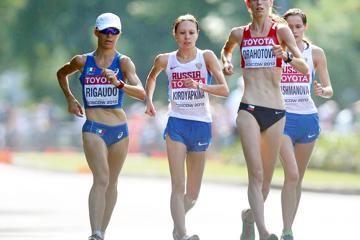 walking-running-cycling-anezka-drahotova-2014