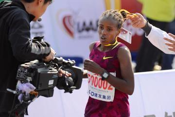 xiamen-marathon-2015-dibaba-mosop