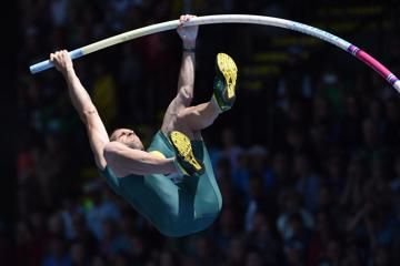 diamond-league-eugene-pole-vault-lavillenie-k