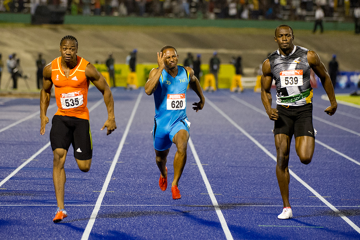 blake-defeats-bolt-with-sizzling-975-fraser-p
