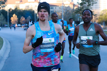 toronto-marathon-2018-jake-robertson