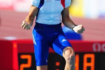 597m-world-lead-by-lavillenie-brings-down-the