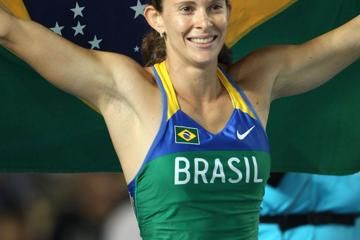 womens-pole-vault-final-murer-rises-to-th
