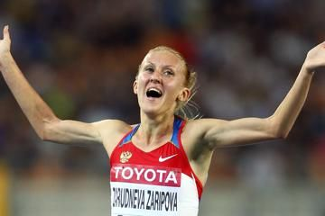zaripova-shows-off-her-speed-with-1500m-win-a
