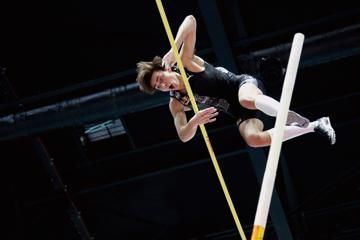 duplantis-world-pole-vault-record-torun