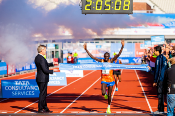 amsterdam-marathon-2017-cherono-bekele