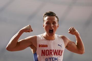 karsten-warholm-400m-hurdles-doha-champion