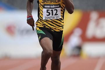 manley-causes-a-big-upset-to-take-400m-victor