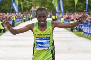 wanjiru-kigen-edinburgh-marathon