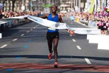 negusse-and-kiprop-win-in-hannover