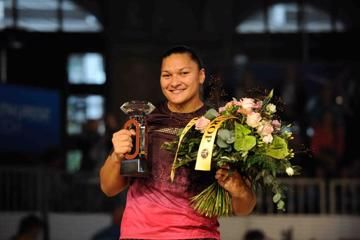valerie-adams-produces-2013-best-to-win-the-d