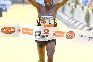 hat-trick-wins-for-gebrselassie-and-sugut-in