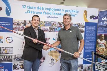 jan-zelezny-donates-world-record-javelin-iaaf