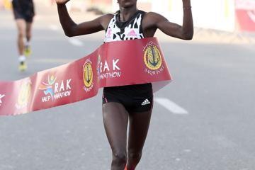 mary-keitany-rak-half-marathon