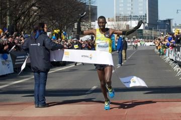 kenyan-duo-kendagor-and-kiprop-win-berlin-hal