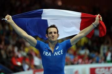 lavillenie-writes-about-mauritius-and-magny-c