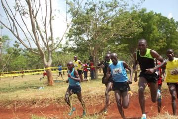 moses-kipsiro-ugandan-cross-country-champions