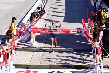 bounasr-beyene-win-beijing-marathon