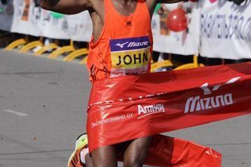 siberian-marathon-2014-kyui-kimetto