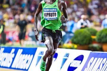 with-near-world-record-run-kipruto-steals-the